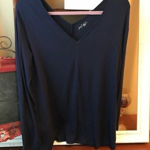 NWOT navy lord and Taylor knit top. Size large.